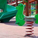 El Ayuntamiento abre de nuevo los parques infantiles en el Valle de Egüés